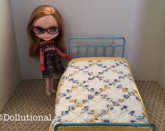 Custom Ooak Quilt for Blythe or similar doll 1:6 scale Blanket Irish chain