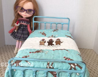 Custom Ooak Quilt for Blythe or similar doll 1:6 scale Blanket Sock Monkeys
