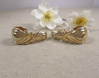 Vintage Gold Tone Hoop Clip On Earrings DL# 4718