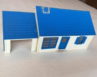 O Scale Skyline (Plasticville) Ranch Home. This is a rare item