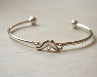 Bangle / Bracelet / metal bracelet holder silver mustaches with connector 6cm