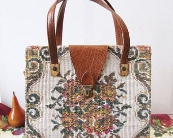 On SALE 10% Off Vintage Floral Tapestry Handbag, Vintage Needlepoint Handbag, Retro Carpet Bag, Retro Chic for Women, Women's Tapestry Bag