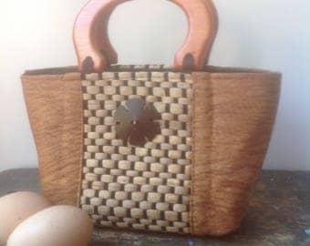 Small Raffia and Bark Handbag
