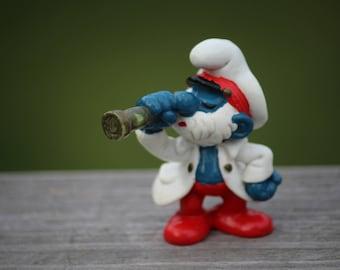 1981 Captain Papa Smurf With Telescope Figurine