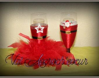 box of Christmas wine glass