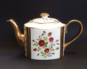 Vintage Arthur Wood English Teapot Medium Size