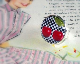 Adjustable round ring retro checkered and cherries