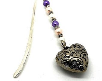 Bookmark silver hearts and beads