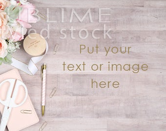 Styled Stock Photography / Wood Background / Stock Photo / Mock Up / Digital Background / Wood Desktop styled with flowers / StockStyle-851