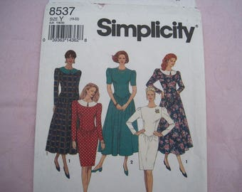 "Misses' or Miss Petite Dress with Slim or Full Skirt – Vintage Simplicity Sewing Pattern 8537 – Size Y 18 – 22 Bust 40"" - 44"" - UNCUT"