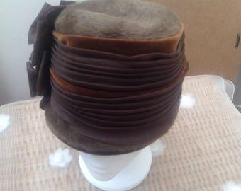 Original Vintage 1940's Mitzi Lorenz Cloche Style Hat