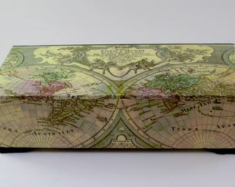 Watch box with old world map, Men's watch box, Watch case, Watch storage, Men's gift, Valet box, Jewelry box, Made to order
