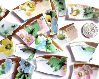 30 Vintage Broken China Pieces, Vintage Broken Porcelain for Mosaic Art, Floral Porcelain Pieces, Floral Mosaic Tiles, Floral China Pieces