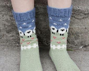 knit socks Wool socks Christmas gift Norwegian  Christmas socks  knitted socks. gift to man. gift to a woman. men's socks. Women's socks