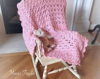 Crochet Pink Baby Blanket, Pink Girl Baby, SOFT Knit Rose Pink Baby Blanket, Gift for Baby Girl, Easter Baby Gift, Baby Shower Gift
