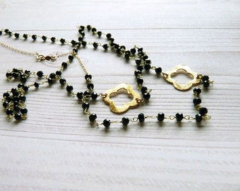 Spinel rosary necklace. Black spinel long necklace with gold quaterfoil. Long black gemstones necklace. Gifts for her. Handcrafted necklace