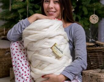 Chunky yarn, Merino yarn, Wool yarn, Super chunky yarn, Bulky yarn, Yarn, Merino wool roving, arm knitting blanket, arm knitting yarn