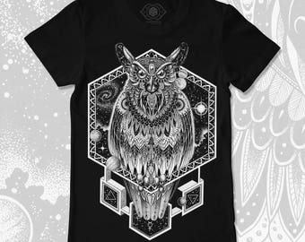 Cosmic Owl T-shirt | Organic Cotton Mystical Clothing | Dotwork Apparel & Esoteric Symbolism
