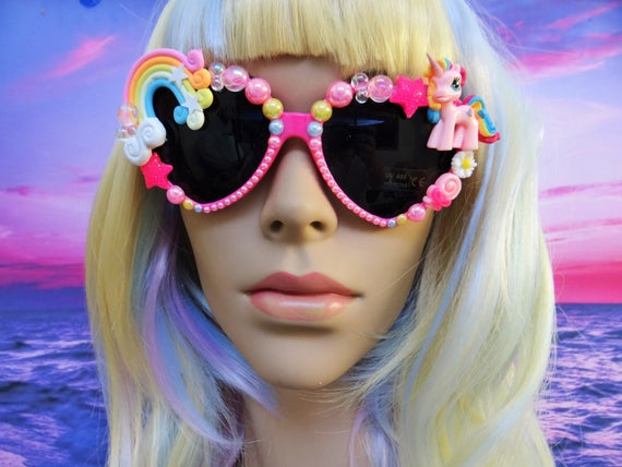 UNICORN My Little Pony * Sweetie Swirl * Heart Shaped Sunglasses Sun Glasses Sunnies Rainbow Wayfarers Aviators Mermaid Kawaii Disney A052