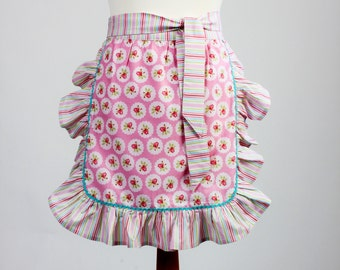 Vintage Style Apron,Ruffled Apron/Floral apron
