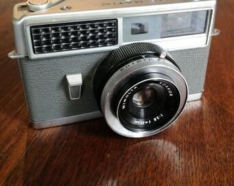 Minolta Hi-Matic for Display or Spare Parts. Vintage 1960s Rangefinder Camera