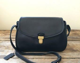 Vintage Coach leather black cross body shoulder bag