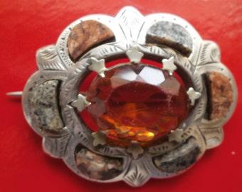 FREEPOST! Large  Scottish sterling silver stone brooch