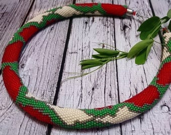 Red green gray white beaded necklace crocheted spiral rope seed bead jewelry python snake reptile pattern beadweaving beadcrochet beadwork