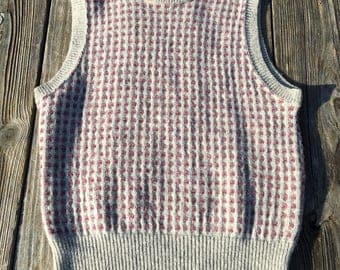 Wool Sweater Vest --- Pullover Midlayer