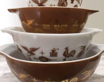 Pyrex Cinderella mixing bowl set, Early American
