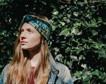 Silk bandana, syntethic silk scarf, skinny scarf,  foulard, green graphic designer scarf, summer scarf, turban, colourful scarf