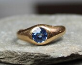 Antique Victorian 18CT Gold Sapphire Pinky Ring