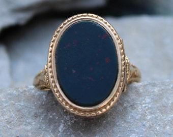 Antique Victorian 15ct Gold Bloodstone Signet Locket Poison Ring