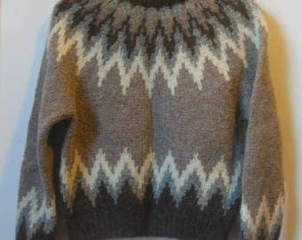 Hand Knit Icelandic Wool Sweater Women's Size Small