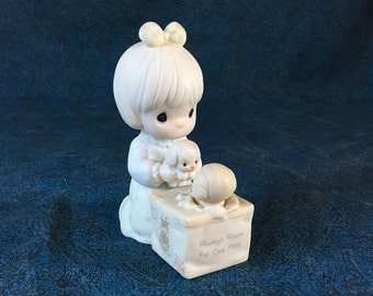 Vintage Precious Moments Figurine,  Always Room For One More 1988