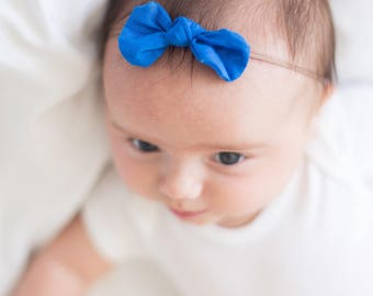 Colbalt Blue Bow, Baby Hairbow, Hairbow, Baby Bow, Hair Clip, Nylon Headband, Blue bow, Baby Gift, Gift Idea, Baby Girl, Toddler Hairbow