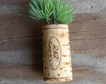 Botanical Wine Cork Magnet Round Evergreen on MASI Italia Wine Cork