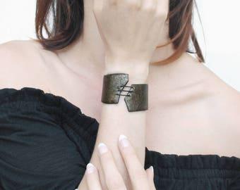 SALES 30% Bronze Leather Bracelet Bangle for women / .ABIME.