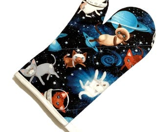Cats in Space Oven Mitt