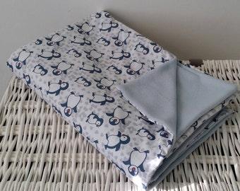 Blue Penguin baby blanket blanket.
