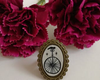 Unicycle cammeo ring