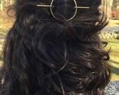 Hammered Brass Circle Hair Slide - hair clip, barrette, hair jewelry, minimalist, organic shape, geometric, boho, gold tone accessories