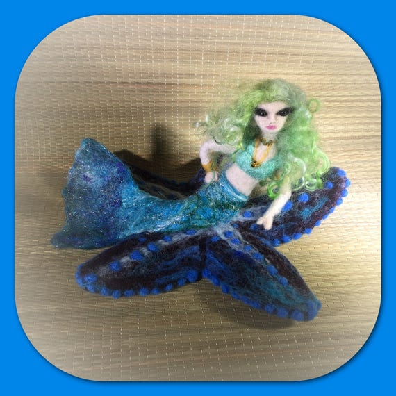 Mermaid Doll/Felted Mermaid/Mermaid Decor/Mermaid Art