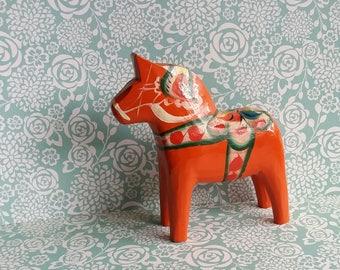 1960s Swedish Dala Horse - Handmade in Sweden - Orange and Red Colours - Scandinavian Folk Art - Dalahasten 2