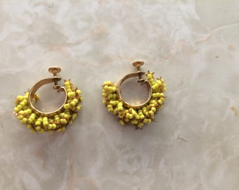 1960's earrings - vintage, yellow and gold screw on