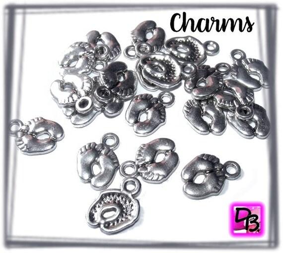 20 Breloques [Petits Petons] 14 mm
