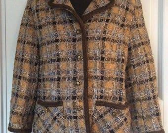 Checked Ladies Blazer/ chanel-look jacket/stylish Blazer/Harmonic colour/