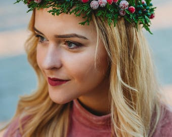 Christmas Crown, Winter Rustic Crown, Christmas Berry Headpiece, Berry Crown, Christmas Tree, Red Christmas Halo Free Shipping