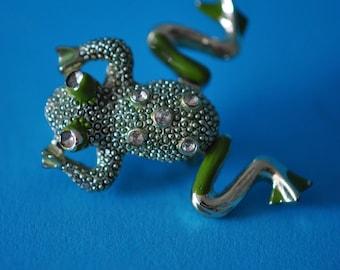 Frog Brooch, Green Enamel Legs Wiggle  Vintage
