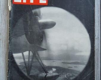Vintage aviation - 1945 Life Magazine - Aviation gift - Vintage magazines - Scrapbook magazine - Life Magazine - 1940s - Paper ephemera